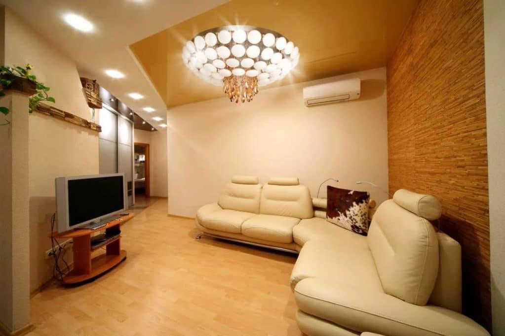 Потолочный светильник в комнате