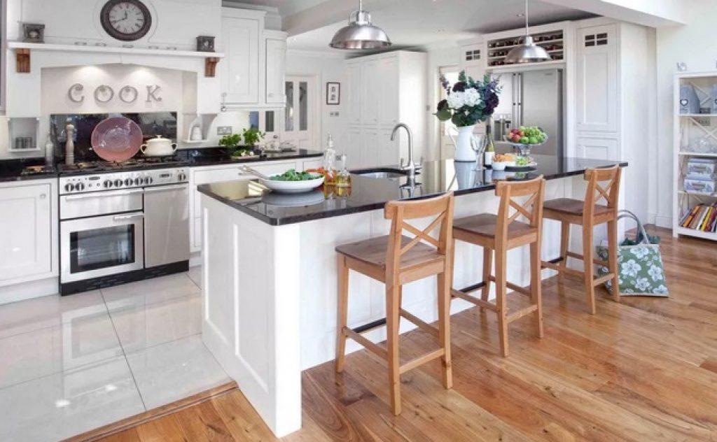 кухня-гостиная пол