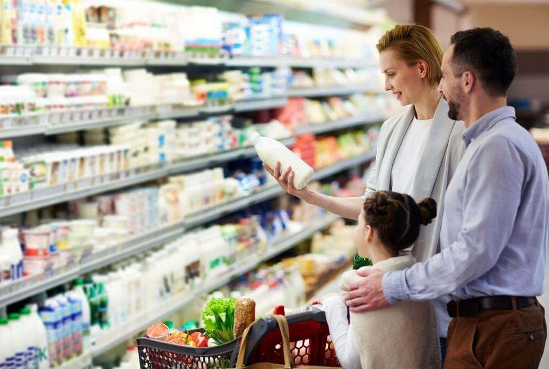Безлактозное молоко — спасение для многих, но не для всех